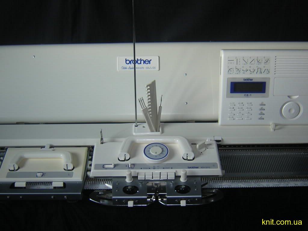фото электронной вязальной машины Brother KH970