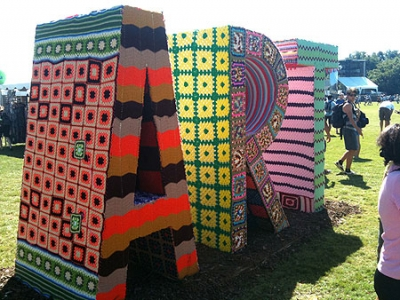 Инсталляция на одном из молодежных фестивалей
