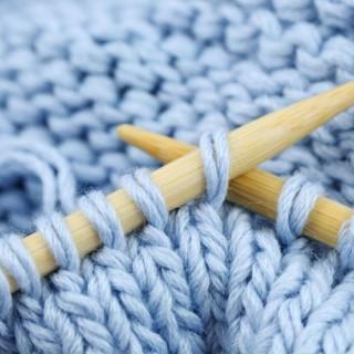 Вязание на спицах: почему все вяжут?