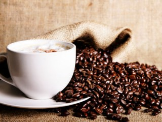 чашка натурального кофе